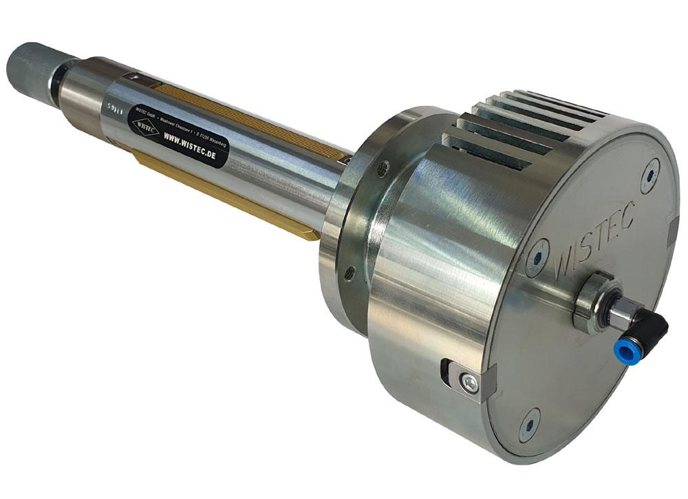 WISTEC Spannwelle mit Flanschlager und integrierten mechanischer Bremse; das Bremsmoment ist stirnseitig justierbar, die Druckluftzufuhr für die Welle erfolgt axial